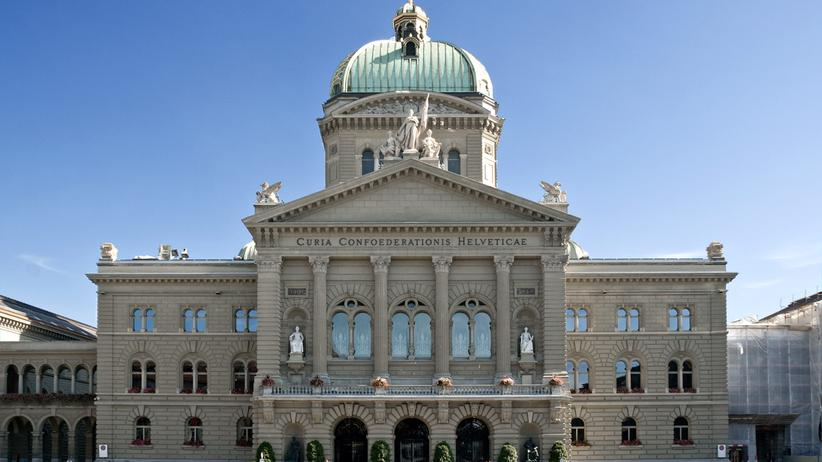 Parteienfinanzierung in der Schweiz: Ist die Politik käuflich?