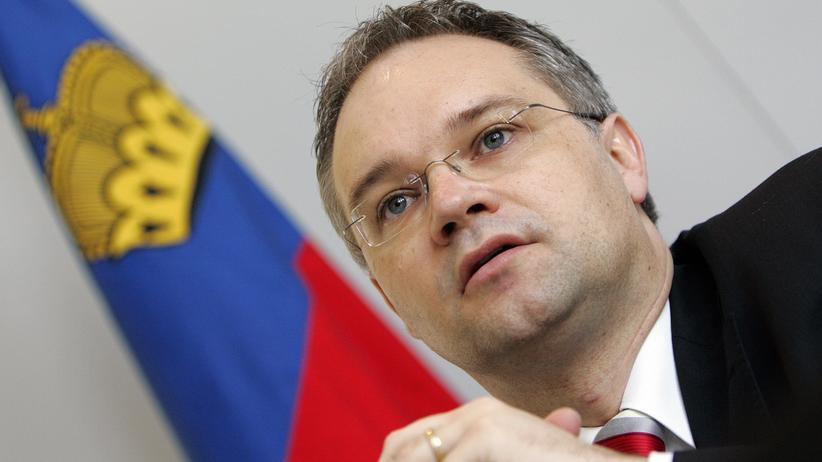 Politiker Klaus Tschütscher: Zwei Rettungsanker