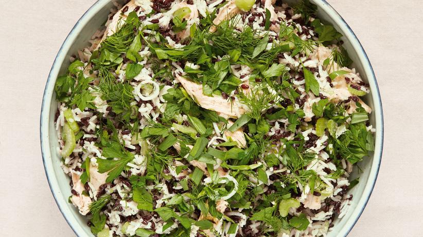 Salat aus Huhn und Reis