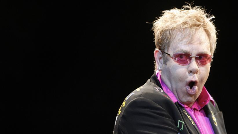 Elton John während der Rocket Man Tour 2009