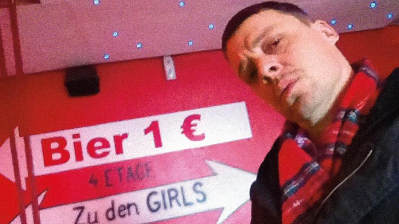 Kolumne Morgens halb zehn in Deutschland: Bier 1 Euro / zu den Girls