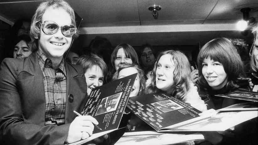 "Elton John: ""Im Radio läuft nur noch Dreck"""
