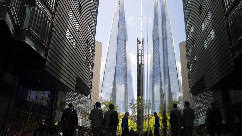 Wahl in Großbritannien: Mitarbeiter der City in der Londoner Innenstadt