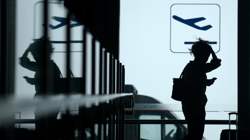 Gratis-Internet: So kommen Sie in (fast) jedes Flughafen-WLAN