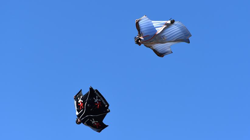 Flug in Wingsuits
