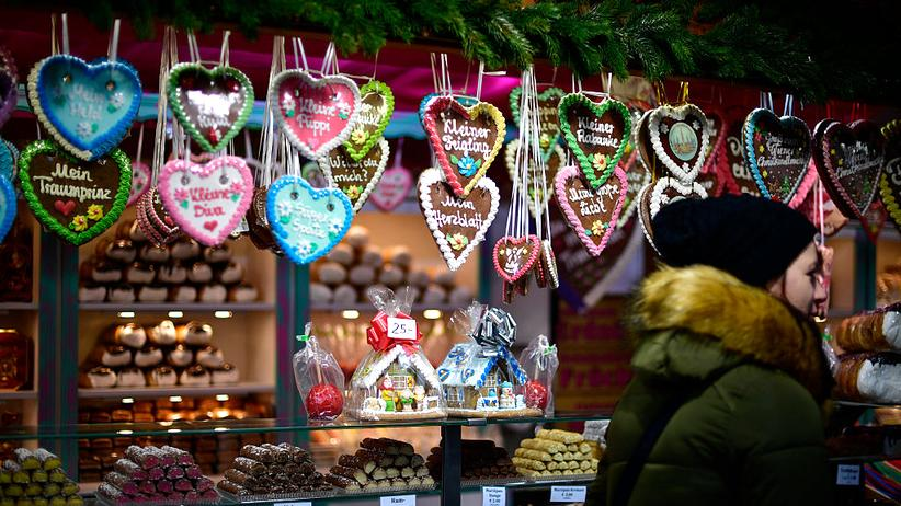 Weihnachtsgeschäft: Glühwein, Krippen, Krempel