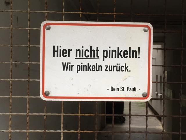 Gesehen in der Simon-von-Utrecht-Straße, St. Pauli