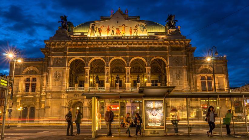 Die Wiener Staatsoper fungiert künftig als Abenteuerspielplatz für einen Quereinsteiger.
