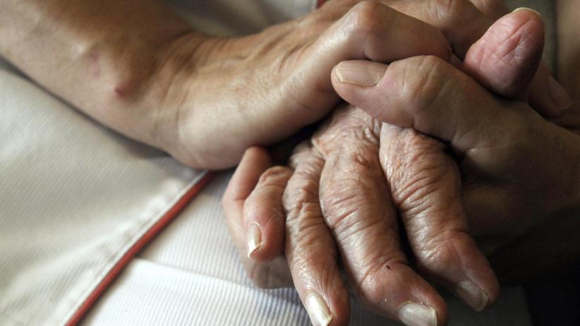 Wer ist eigentlich ...: Dank der Pflegerin muss die Großmutter nicht ins Altersheim.