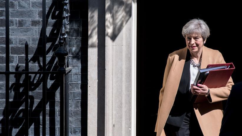 Großbritannien: Downing Street 10 am vergangenen Dienstag: Theresa May kündigt an, die Wahlen vorzuziehen.
