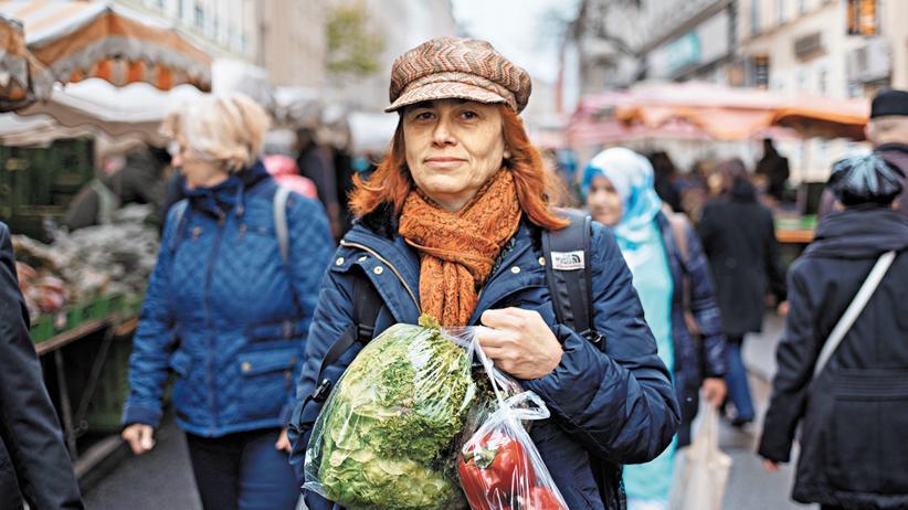 Anna Femi auf dem Viktor-Adler-Markt in Wien