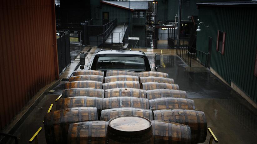 Welthandel: Whiskey gegen Stahl