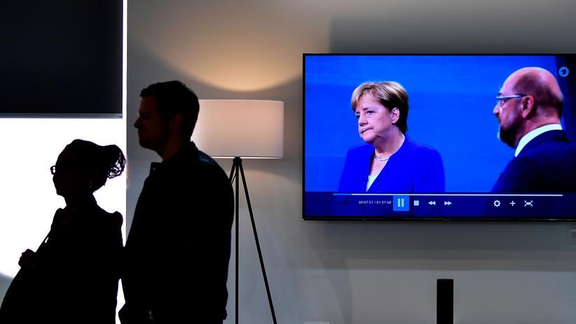 Bundestagswahl: Bundeskanzlerin Angela Merkel und Herausforderer Martin Schulz bei der TV-Debatte