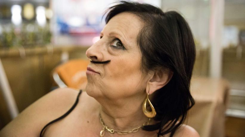 Pilar Abel: Manche halten sie für verrückt, sie selbst sagt, ihr Genie habe sie vom Vater: Pilar Abel liebt die Aufmerksamkeit.