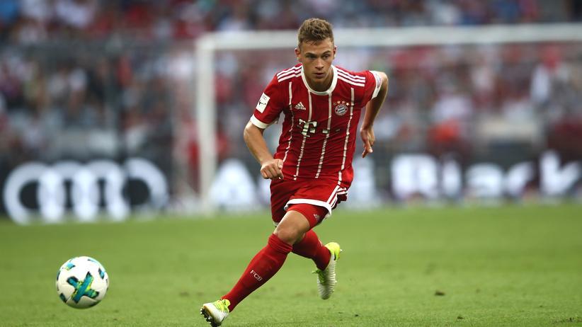 Joshua Kimmich: Als Zwanzigjähriger bekam Joshua Kimmich einen Vertrag bei Bayern München.