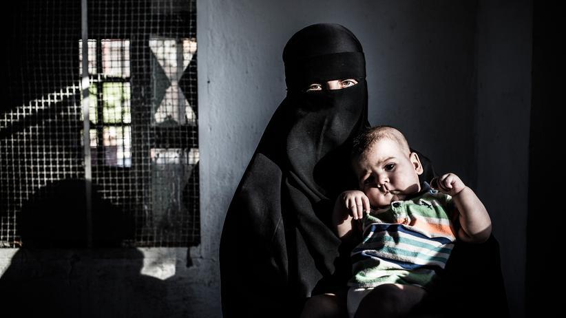 """Frauen des IS: """"Ich will zurück nach Deutschland"""""""