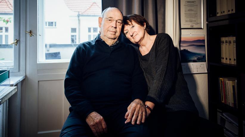 Anne und Nikolaus Schneider: Anne und Nikolaus Schneider kennen sich seit dem Studium. Sie sind seit fast 50 Jahren verheiratet.