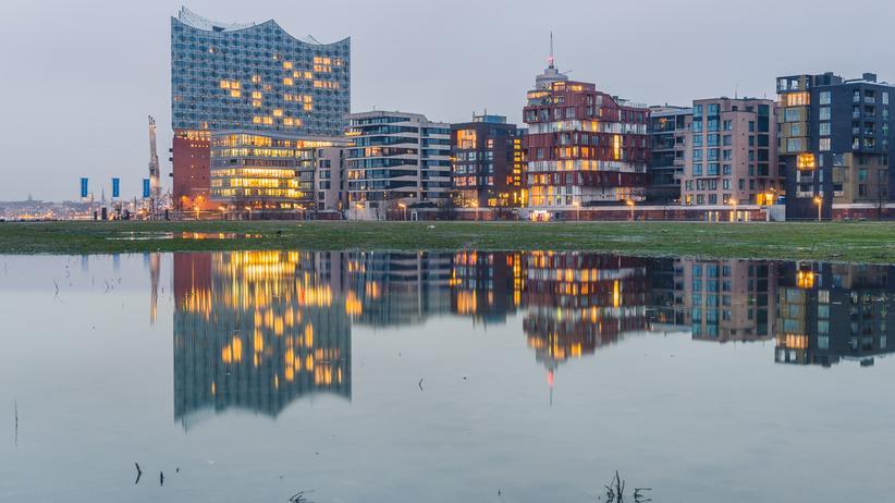 Ohne den Regen gäbe es nicht immer wieder soooooo schöne Pfützen in Hamburg!