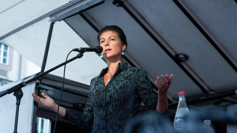 Sahra Wagenknecht: Hinter ihrem Rücken