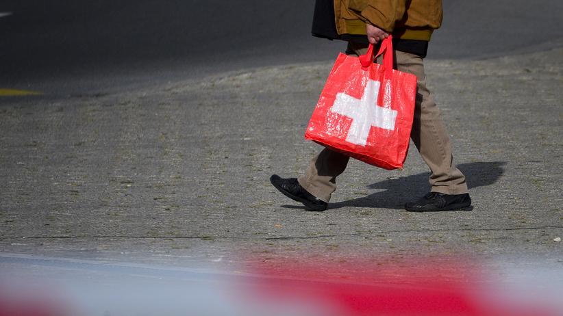 Deutschland und Schweiz: Kaufhallen ohne Kunden