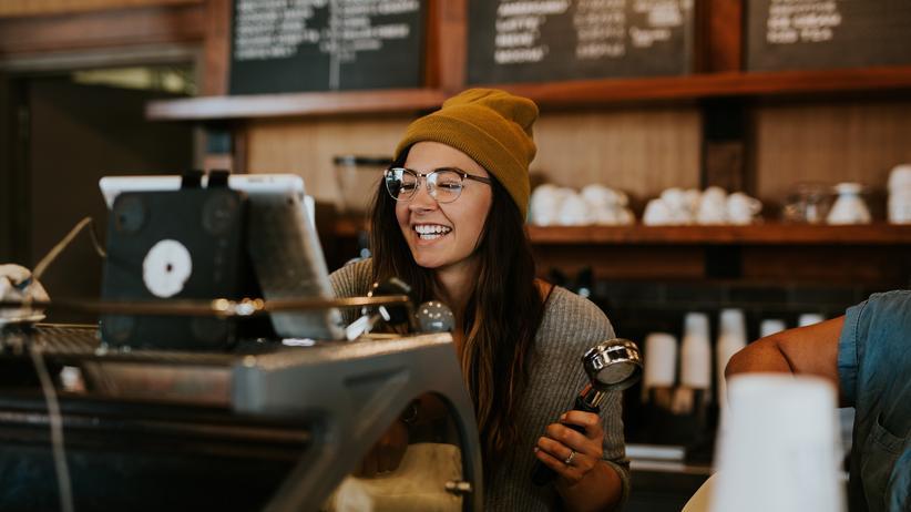 Freundlichkeit: Gut gelaunt hinter der Kaffeetheke