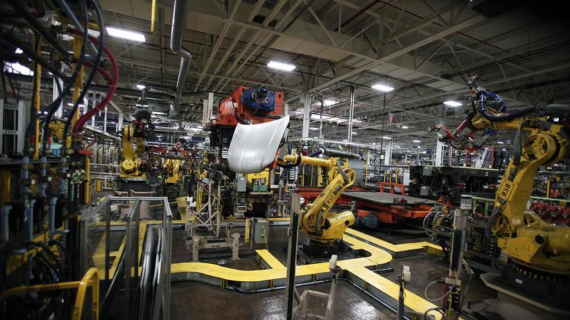 Automatisierung: Eine US-Studie zeigt: Jeder computergesteuerte Roboter hat zwischen drei und sechs Arbeitsplätzen gekostet.