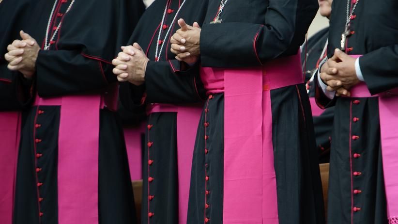 Jugend und Kirche: Bischöfe im Vatikan (Archiv)