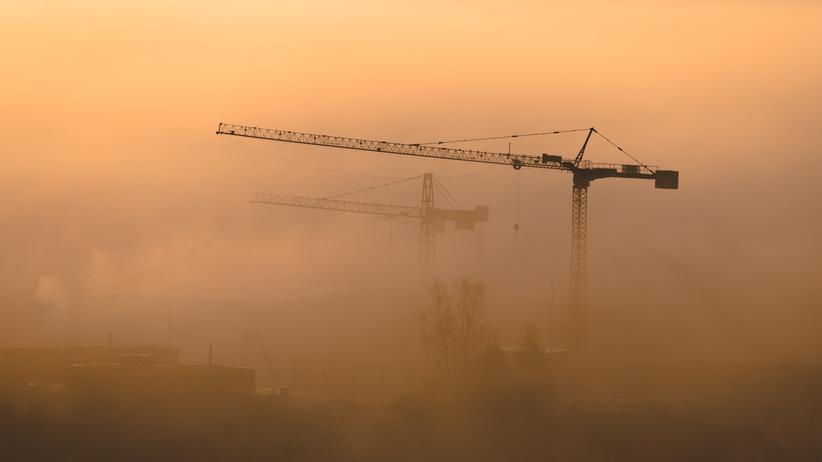 Bauzonen in der Schweiz: Baukräne in Zuzwil im Kanton St. Gallen