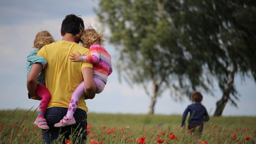 Martin Schröder: Bei null Arbeitsstunden sind Väter ziemlich unglücklich.
