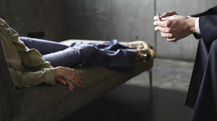 Missbrauch in der Psychotherapie: Wenn der Therapeut zum Täter wird