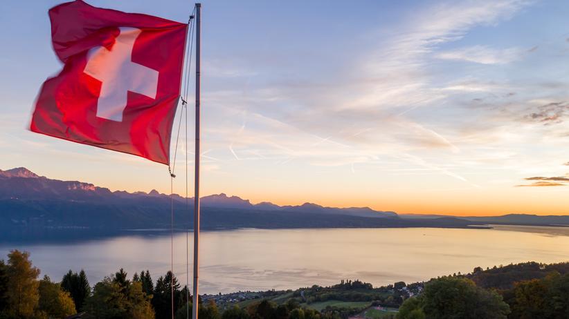 Schweiz und die EU: Soll sich die Schweiz stärker der EU annähern?