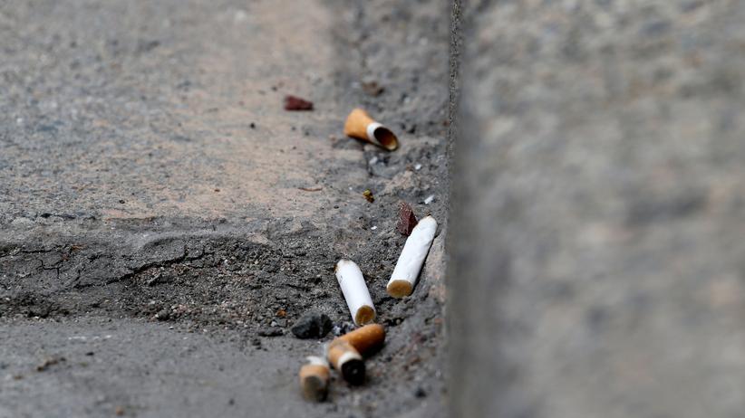 Umweltverschmutzung: Schaden Zigarettenkippen der Umwelt?