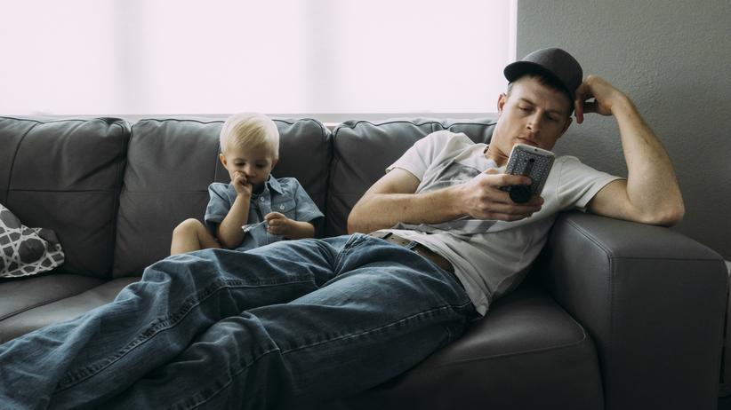 """Mediennutzung: """"Eltern am Smartphone sind nie so richtig da"""""""