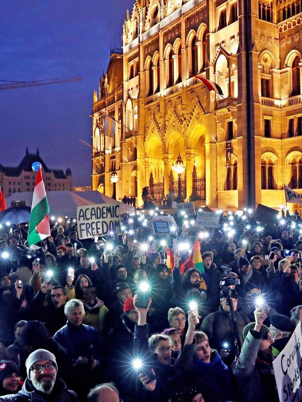 Central European University: Budapest vor zwei Wochen: Die Demonstrationen zum Erhalt der Uni haben nichts geholfen.