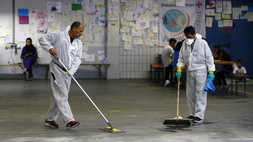 Migration: Gut genug fürs Putzen, Spülen, Kellnern