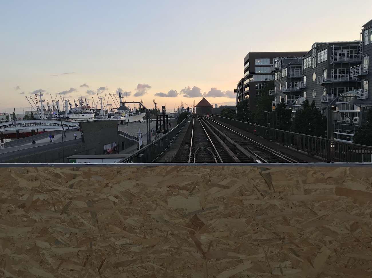 Sperrung der U3 (Landungsbrücken) wegen Bauarbeiten