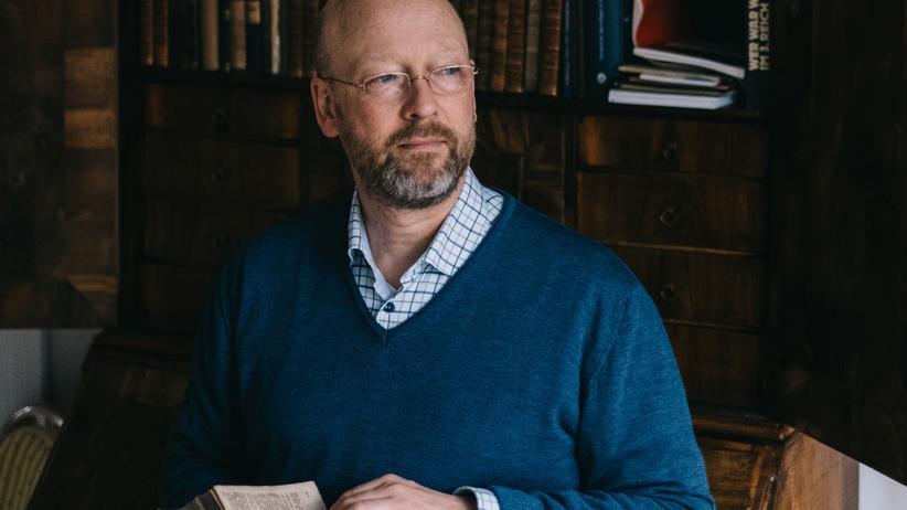 Johann Hinrich Claussen: Johann Hinrich Claussen findet die Fluchtgeschichten in der Bibel berührend – und verstörend.