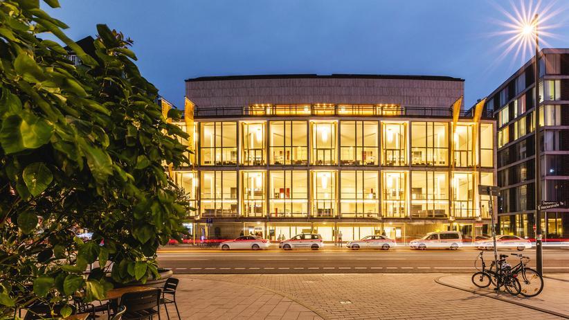 Hamburger Volksbühne: Die Saaltouristen