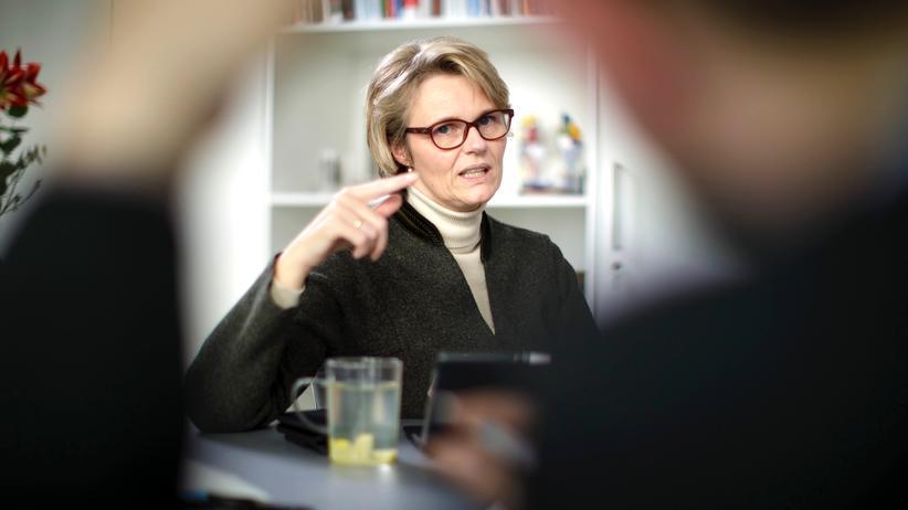 Anja Karliczek: Wer sagt es ihr?