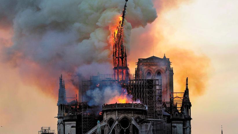 Notre-Dame de Paris: Sie schwankt, aber sie geht nicht unter