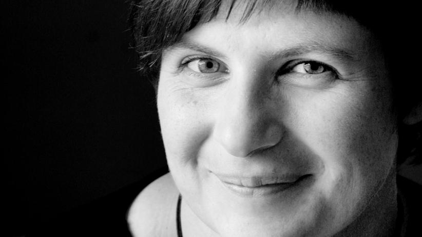 """DDR-Geschichte: Susan Kreller schreibt Romane für junge und erwachsene Leser. Ihr neues Jugendbuch """"Elektrische  Fische"""" erscheint Ende Oktober im Carlsen Verlag."""