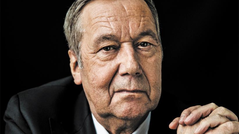 Roland Kaiser: Roland Kaiser ist 67 Jahre alt und so erfolgreich wie nie zuvor. Seine Lieder handeln von Sehnsüchten und vom Fremdgehen.