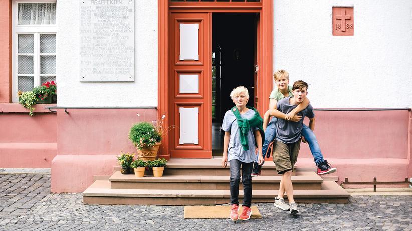 """Internatsschule Institut Lucius: """"Wir gehen ins Internat!"""""""