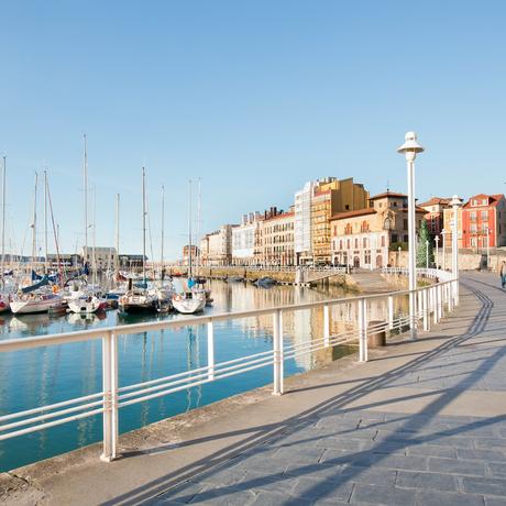 Asturische Städte. Das Stadtleben