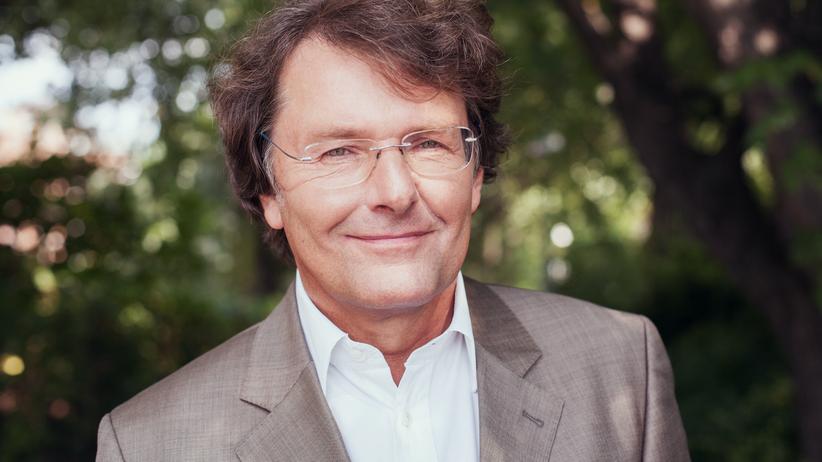 """Interview Prof. Dr. Stefan May: """"Für die wenigsten Menschen ist Vermögen ein reiner Selbstzweck"""""""