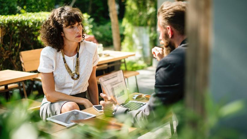 Ist über Gehalt mit Kollegen reden erlaubt?