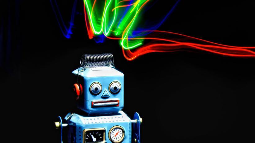 Digitalisierung: Roboter schaffen Arbeitsplätze für Juristen.