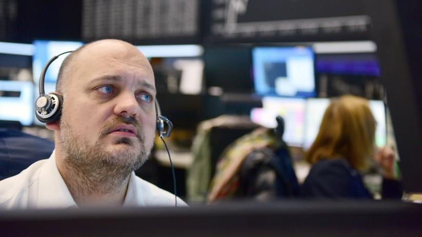 DGB-Index: An der Börse in Frankfurt ist das Geschäft hektisch, der Stressfaktor für Arbeitnehmer hoch.