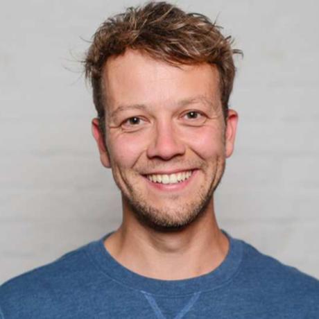 Bedingungsloses Grundeinkommen: Michael Bohmeyer, geboren 1984, ist Gründer des Vereins Mein Grundeinkommen. Mit 16 gründete er sein erstes Start-up, mit Ende 20 hatte er ein erfolgreiches IT-Unternehmen. Die Beteiligung brachte ihm eine Art Grundeinkommen, das sein Leben veränderte.