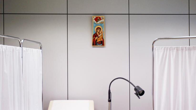 Bundesarbeitsgericht: Kündigung von katholischem Chefarzt nach Wiederheirat unwirksam